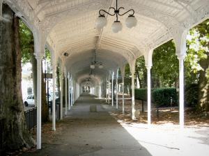 Vichy - Under the covered metal gallery of the Park of the Springs
