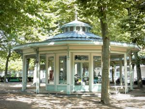 Vichy - Kiosk in the Park of the Springs