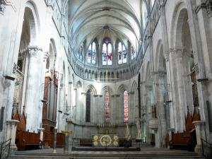 Vienne - Inside the Saint-Maurice cathedral: choir