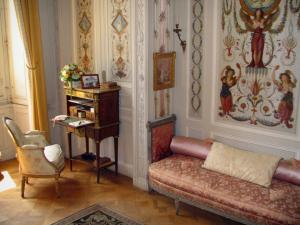 Villa Ephrussi de Rothschild - Inside of the palace: boudoir