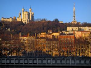 Guide de villefranche sur sa ne tourisme vacances - Garde meuble villefranche sur saone ...