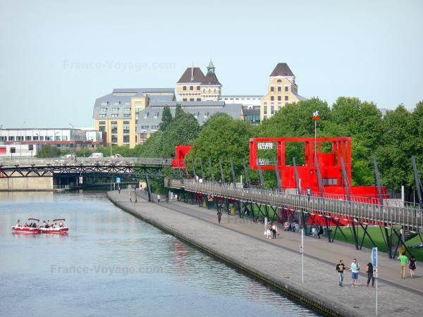 La Villette Park - Tourism, holidays & weekends guide in Paris