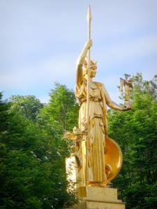 Vincennes wood - Athena statue overlooking the fountain of the Golden Gate