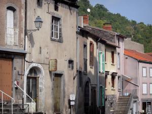 Volvic 7 afbeeldingen met hoge resolutie - Gevels van hedendaagse huizen ...