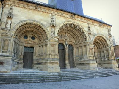 Vouziers church