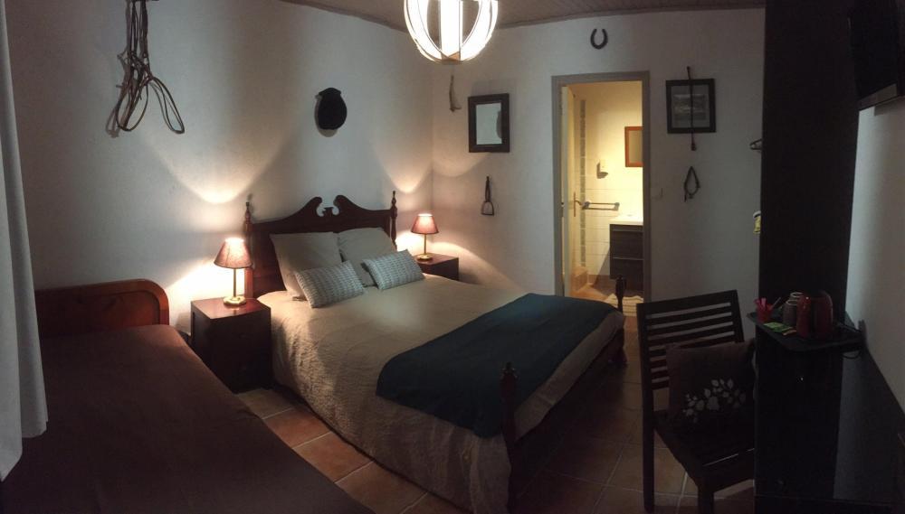 photos auberge foresti re marcheroux chambre d 39 h tes amboise. Black Bedroom Furniture Sets. Home Design Ideas