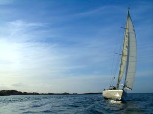 Balade en voilier dans les Abers - Activité de loisirs à Landéda