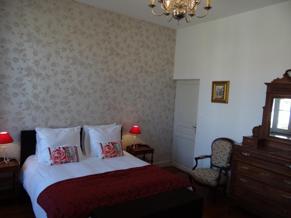 Photos bed breakfast l 39 orangerie carcassonne chambre for Chambre d hote carcassonne