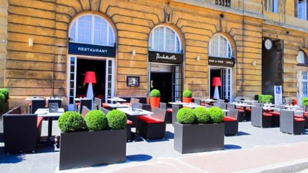 brochettes et cie cathedrale restaurant in metz. Black Bedroom Furniture Sets. Home Design Ideas