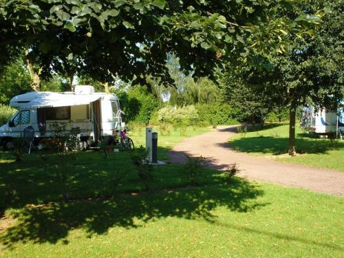 Camping albert (le velodrome) - Campsite - Holidays & weekends in Albert