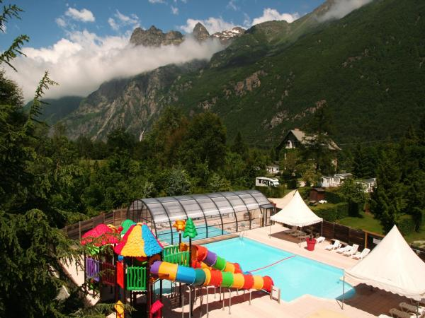 Camping le chateau de rochetaillée - Campeggio - Vacanze e Weekend a Le Bourg-d'Oisans