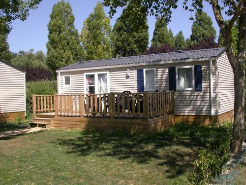 Camping de la chesnaie - Location - Vacances & week-end à Saint-Denis-du-Maine