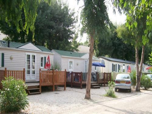 Camping Douce France - Camping - Vrijetijdsbesteding & Weekend in Antibes
