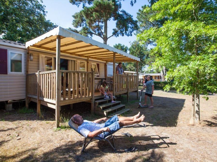 foto 39 s camping landes azur camping in azur. Black Bedroom Furniture Sets. Home Design Ideas