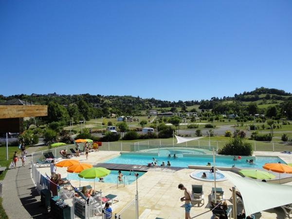 Camping *** lot et bastides - Camping - Vacances & week-end à Pujols