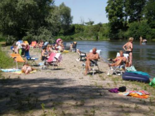 Camping les Ombrages - Camping - Vrijetijdsbesteding & Weekend in Mur-sur-Allier