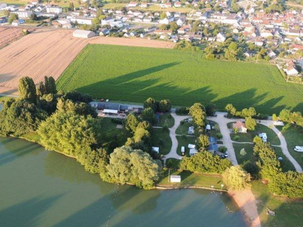 Camping of the pond of varenne - Campsite - Holidays & weekends in Morée