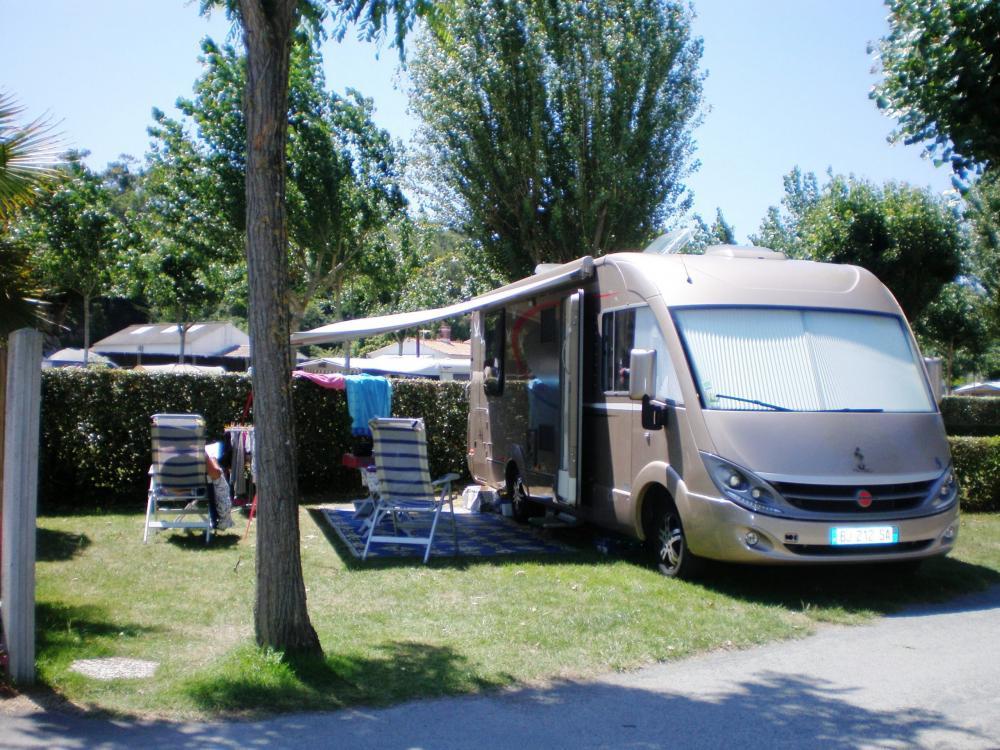 Photos camping la prairie camping saint jean de for Garage automobile saint jean de monts