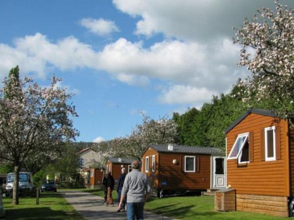 Camping des Rochers des Parcs - Campsite - Holidays & weekends in Le Vey