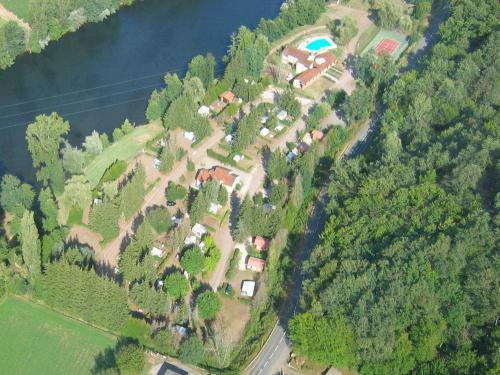 Camping Le Roquelongue - Camping - Vacances & week-end à Boisse-Penchot