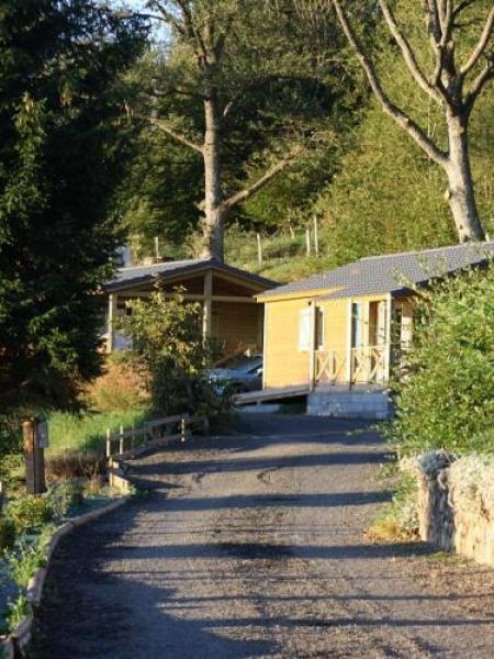 Camping de serrette - Camping - Vrijetijdsbesteding & Weekend in Chambon-sur-Lac