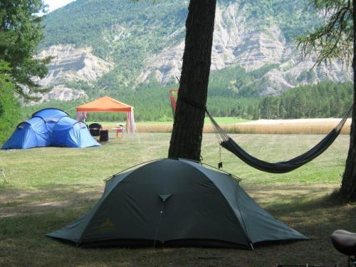 Camping la source - Campsite - Holidays & weekends in Saint-Pierre-d'Argençon
