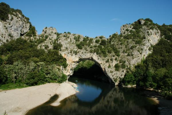 Canoe kayak on the Ardèche - Activity - Holidays & weekends in Vallon-Pont-d'Arc