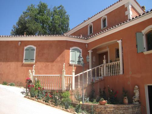 Casa das Oliveiras - Bed & breakast - Vacanze e Weekend a Flassans-sur-Issole