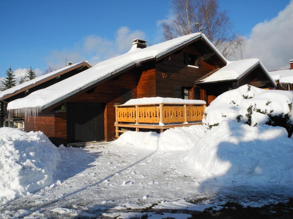 Photos chalet bois meubl de vacances location de for Location meuble vacances