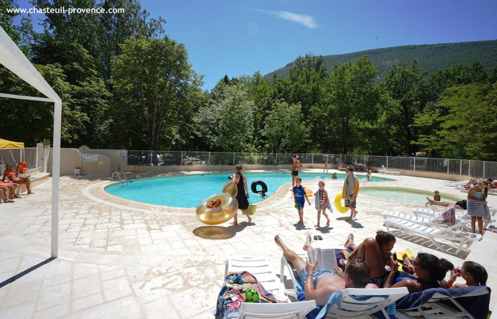 Photos chasteuil provence camping castellane for Camping gorge du verdon avec piscine