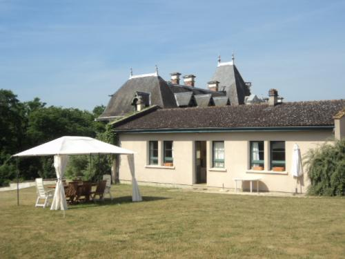 Château Le Barreau - Gite Les Vignes - Rental - Holidays & weekends in Chemilly-sur-Yonne