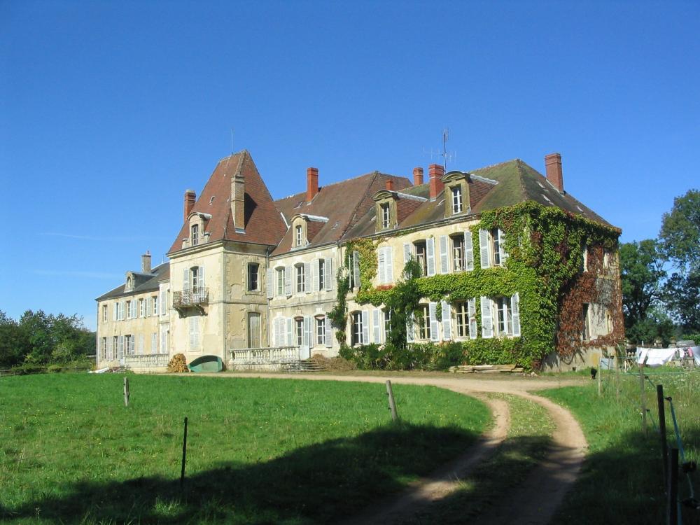 Photos ch teau d 39 ettevaux sud morvan chambre d 39 h tes poil - Chambre d hote insolite bourgogne ...