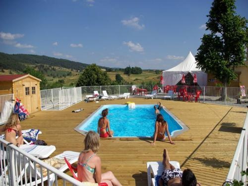 La Cigale de l'Allier - Camping - Vacances & week-end à Langogne