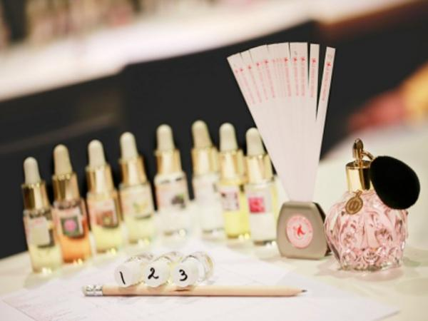 Create Your Own Perfume Workshop - Activity - Holidays & weekends in Paris
