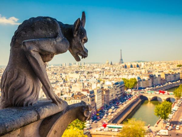 The Dark Legends of Paris – Guided tour - Activity - Holidays & weekends in Paris