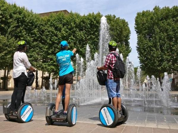 d couverte du quartier antigone de montpellier en segway 1h activit de loisirs montpellier. Black Bedroom Furniture Sets. Home Design Ideas