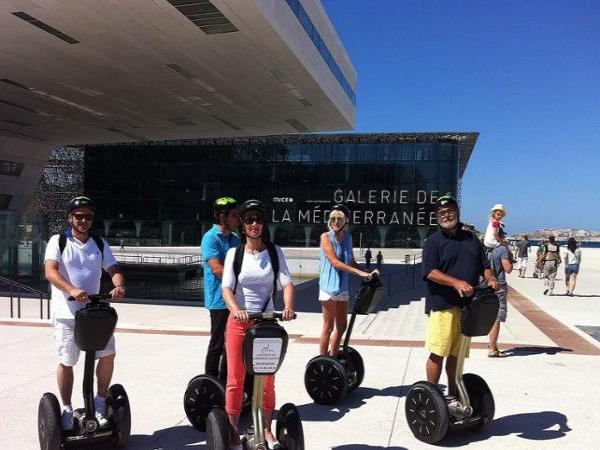 Discover Marseilles by Segway – 90-minute tour - Activity - Holidays & weekends in Marseille