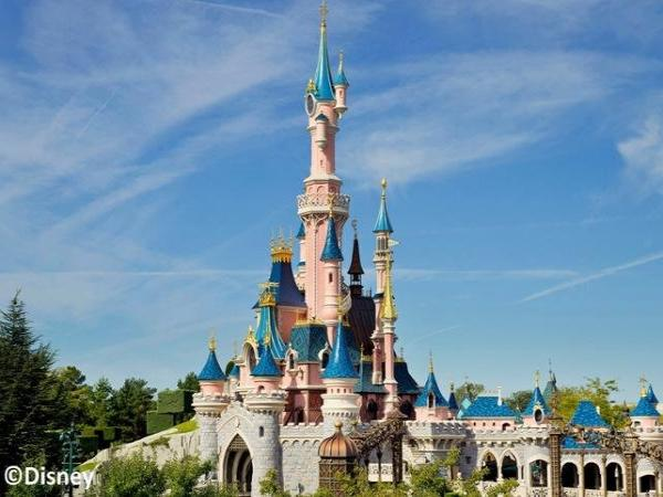 Disneyland® Paris : 1-Day / 1-Park – Priority Access Ticket- - Activity - Holidays & weekends in