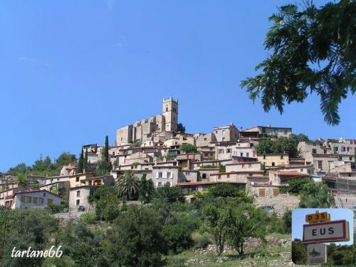 Domaine Mas de Lastourg - The most beautiful villages of France - Yellow Train -
