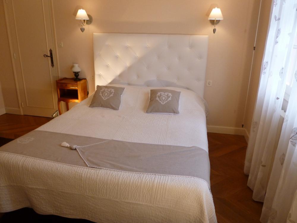 photos etape zen chambre d 39 h tes illiers combray. Black Bedroom Furniture Sets. Home Design Ideas