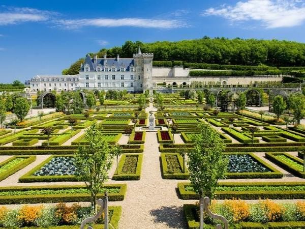 Excursion to the Langeais, Ussé, Azay-le-Rideau & Villandry Châteaux ...