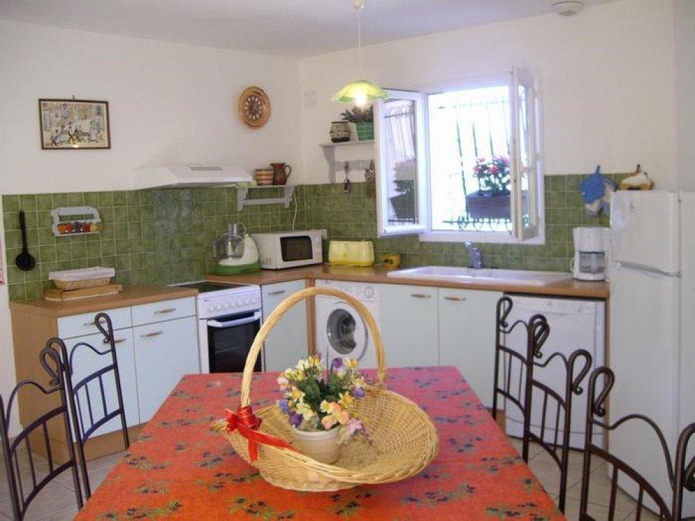Photos gite le jasmin location de vacances saint - Cuisine premier st andiol ...