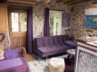 le gite mauve location de vacances saint omer. Black Bedroom Furniture Sets. Home Design Ideas