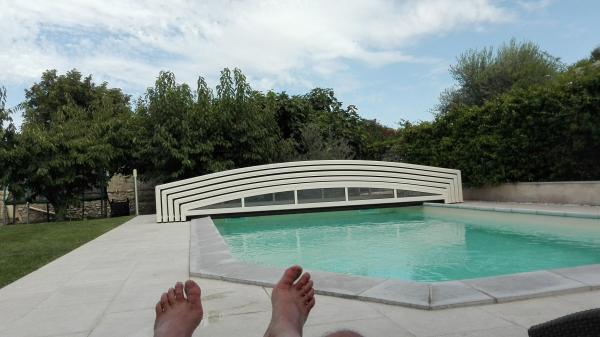 Gite l 39 oustau de famiho location de vacances for Chateauneuf de gadagne piscine