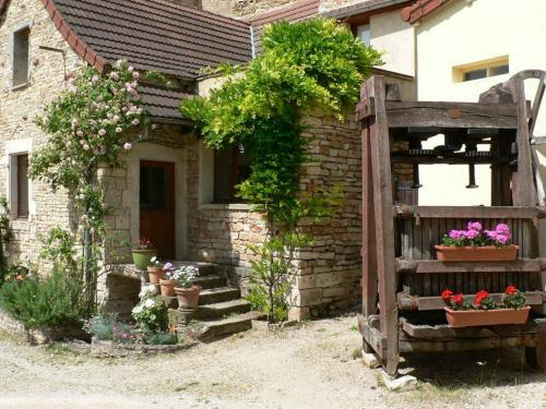 Gite La Petite Maison - Rental - Holidays & weekends in Saint-Martin-sous-Montaigu