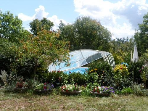 photos gite avec piscine dans le causse vacation