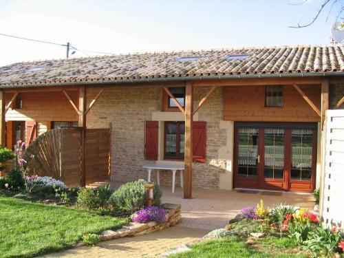 Gîte rural n° 322 de Ruisseau - Rental - Holidays & weekends in Lezay