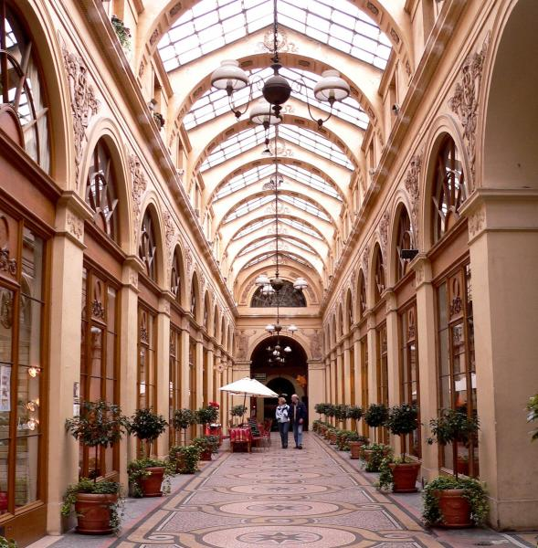 Guided tour of Paris's covered shopping arcades and their unique boutiques - Activity - Holidays & weekends in Paris