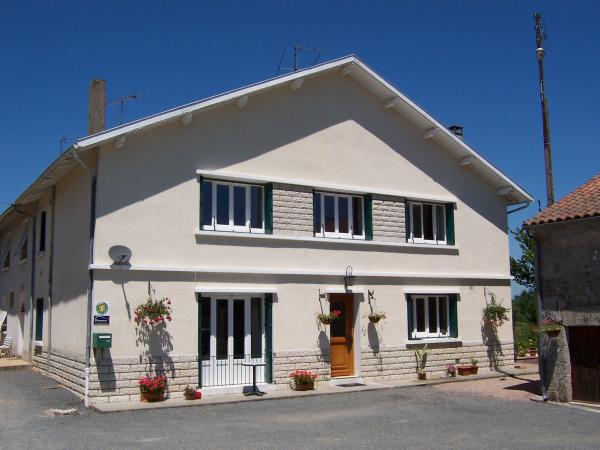 L'Hirondelle Chambres d'Hotes - Bed & breakfast - Holidays & weekends in Saint-Mathieu