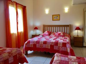Airconditioning In Slaapkamer : Huisjes met slaapkamer met airconditioning en zwembad vakantie